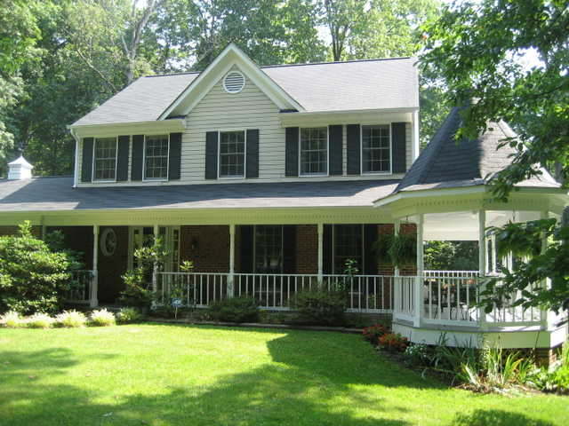 Price Reduction! Beautiful Southern Colonial