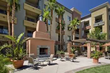 West San Fernando Valley Apts! Great Location!