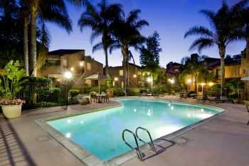1 Bed Apt Nestled In La Jolla's Golden Triangle