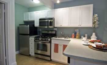 1bd Across The Street From Santa Monica College! .