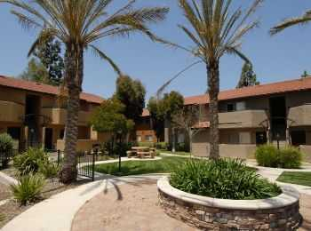 Spacious Remodeled Apartments In Escondido!