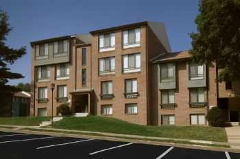 Great Location Amenities! Near Reston Town Cntr