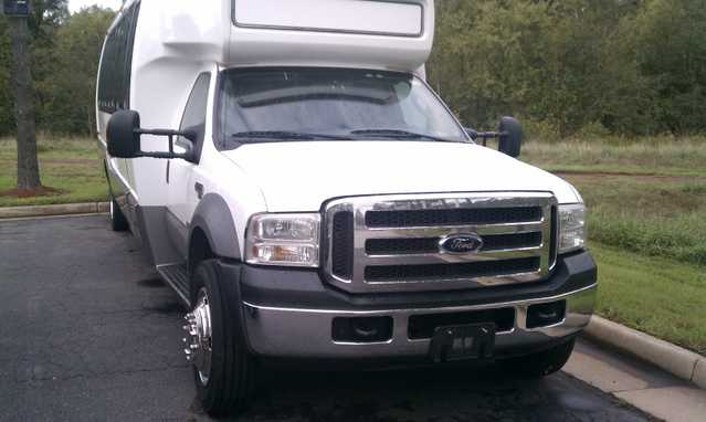 Bus Ford F 550 2005