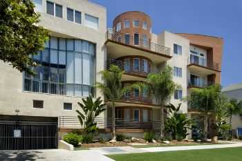 Studio Apt Just Off Ventura Boulevard