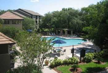 Abundant Amenities And Great Tampa Location!