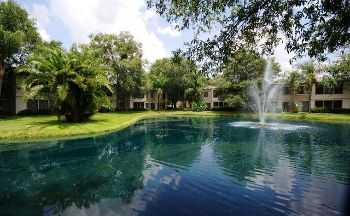Reserved Parking, Lighted Tennis Courts, Pool!