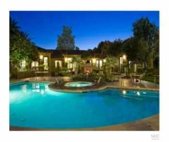 2bed2bath In Riverside, Pets Ok, Pool, Gym, Spa