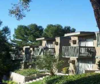San Diego 2 Bed W Short Term Leases Available
