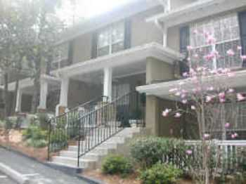 2 Bedroom Townhouse W Community Amenities