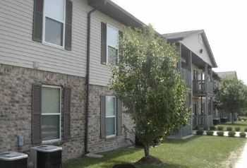 Great Location And Amenities In O'fallon!