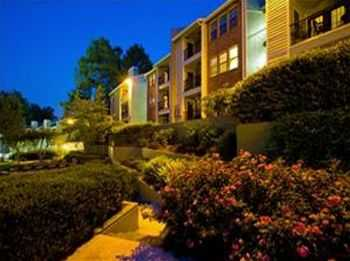 Only 10 Min. From Downtown Atlanta, Garages Avail!