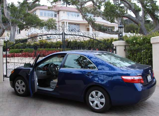 2009 Toyota Camry $14700 Obo $