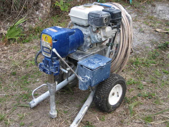 Graco 5900 Gas Powered Paint Sprayer