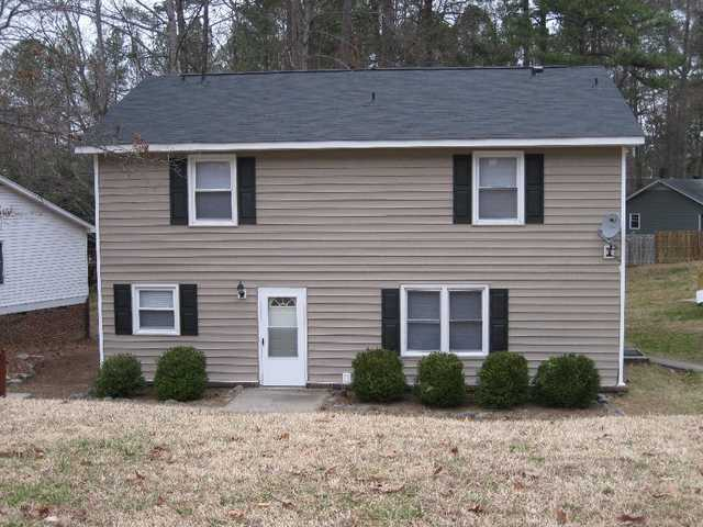 2 Br, 1.5 Bath N. Raleigh Duplex - Quiet Street, Great Location