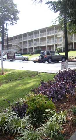 Lenox Woods Apartments