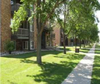 2bed1bath In Fargo, Wd, Large Closets, Corner Units