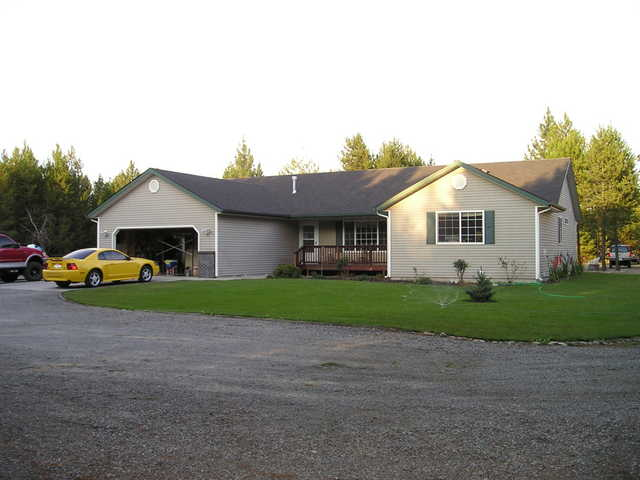 4 Bdrm 2 Bath Rancher With 2 Huge Shops: Instant Equity