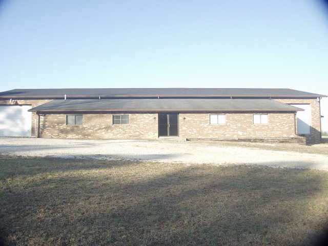 11000 Sq Ft. Comercial Building