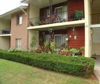 2 Bd W Covered Parking Private Patio Or Balcony