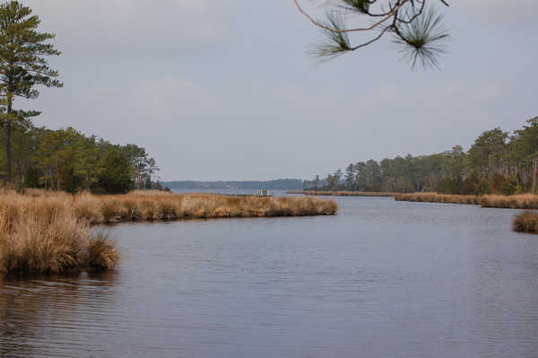 $199,990 Waterfront Lot With Boat Slip In The Inner Banks, Nc