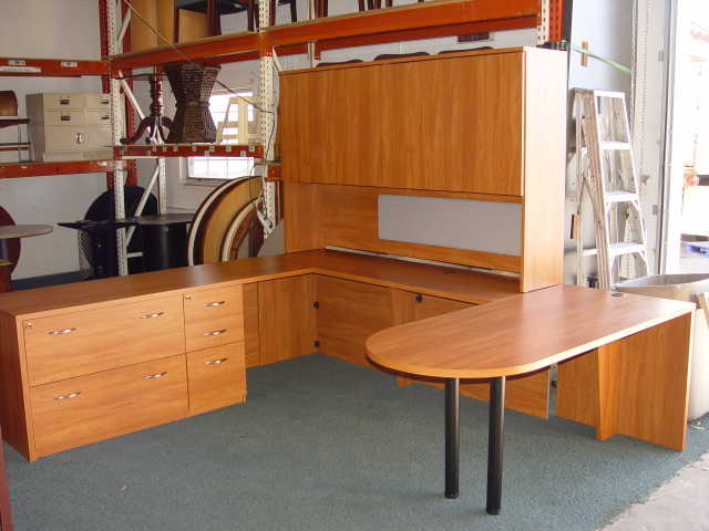 Executive U - Shape Desk