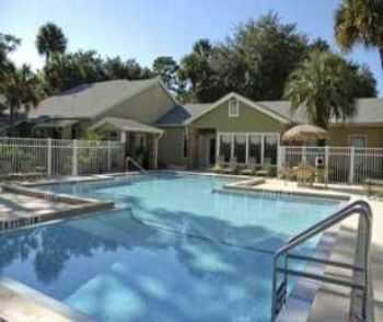 Live Just 3 Mile From The Beach!