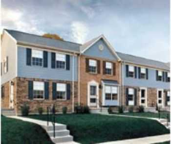 Large 3 Bed Townhouses W Washer Dryer!