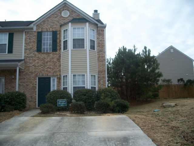 2 Bed, 2.5 Bath, Short Sale Townhome In College Park