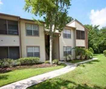 Centrally Located Between Tampa Lakeland!