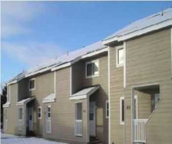 2bed1bath In Ely, Near Shops, Ac, Private Entry
