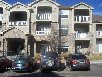 Spacious, Well Maintained 2bd,2bth Condo!