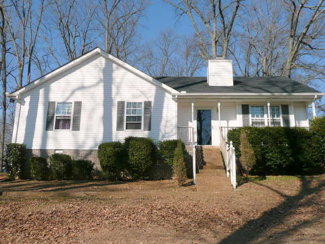 ~4 Br / 3ba Home! Two Living Areas * Wheelchair Accessible Aptmt!~