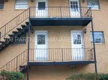 2 Br Condo Buckhead (Pharr Manor) 119 Pharr Rd. B