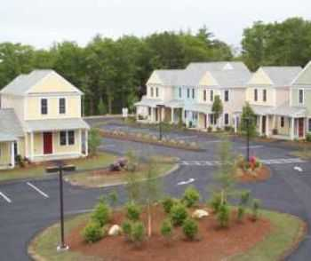 Apts That Are More Like A Housing Development!