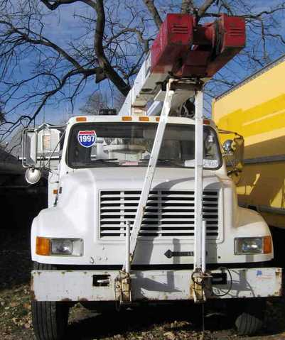 1997 Navistar International 55' Bucket Truck