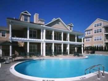 Close To Stamford Nyc! Washer Dryers Included!