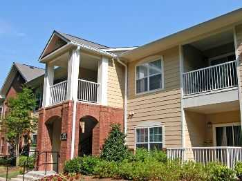 A Petfriendly, Treeshaded Retreat In Buckhead!
