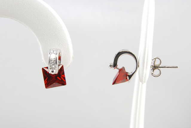 Garnet Cz Rhodium Sterling Silver Earrings - $27