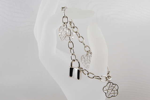 Beautiful High - End Rhodium Sterling Silver Bracelet - $70