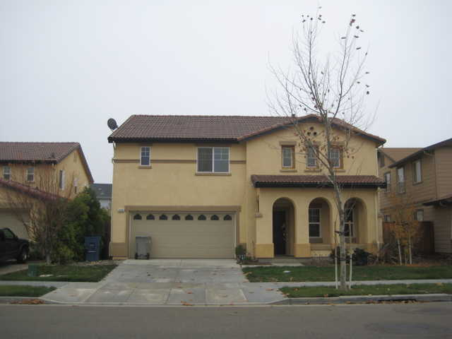 $1300 / 5br - Beautiful And Like New House - 2,700 Living Sqf