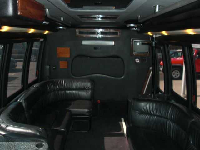 Party Bus Ford E450 2003