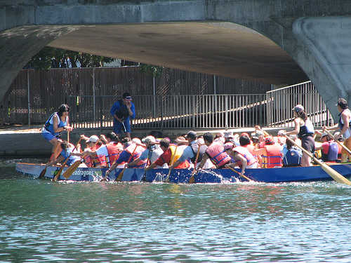 Free Dragon Boating Lessons