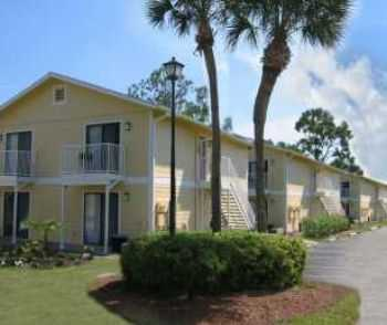 Great Location With Resort Style Amenities!