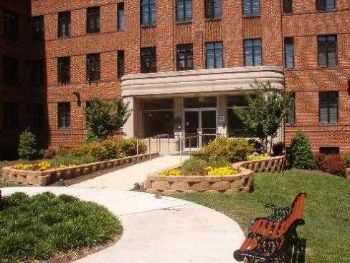 Silver Spring Apts W Laundry Fitness Center!