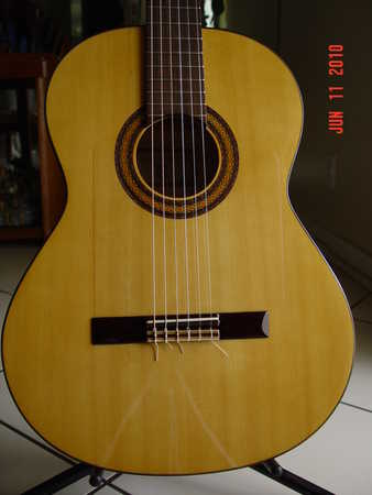 Cordoba 30 - F Flamenco Guitar Like New