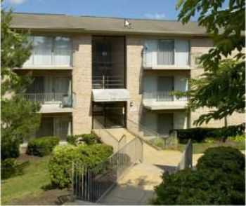 2bed1bath In Alexandria, Balcony, Pool, Near Shops