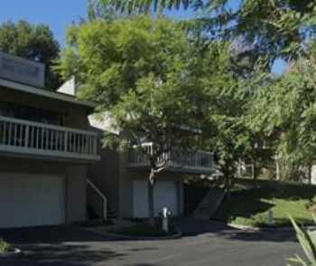 2 Bed 2 Bath Close To Beaches, Restaurants More!