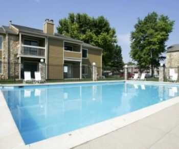 Mins From I465 Downtown Indy! Pool W Sundeck!
