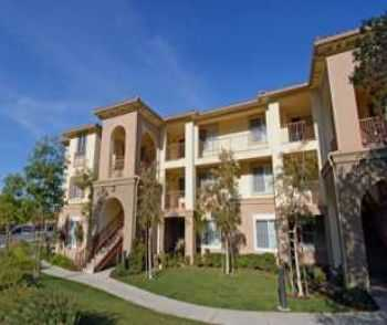 Live In The Welcoming Community Of Simi Valley!