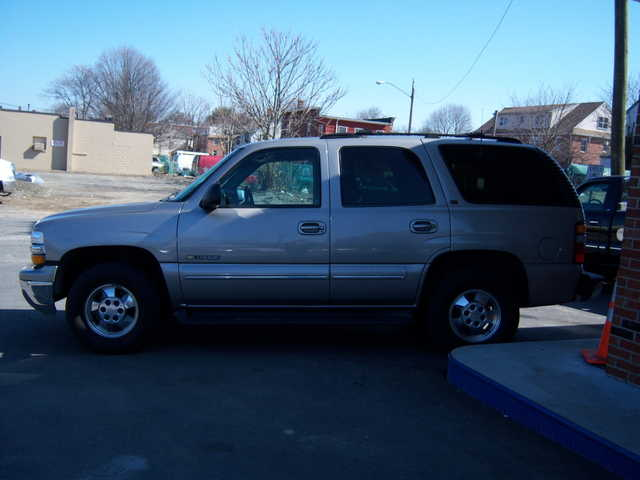 Nice New Body 2000 Tahoe Lt Leather, Loaded, On - Star